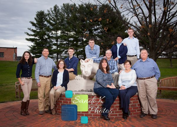 family photo, family posing, penn state, nittany lion, family picture, portrait session